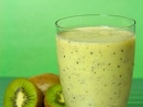 Smoothie o smaku banana i kiwi